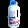 Účinný přípravek pro mytí nádobí s vůní citronu. S lehkostí odstraňuje nečistoty, zanechává nádobí čisté a lesknoucí se. Je jemný k Vašim rukám.